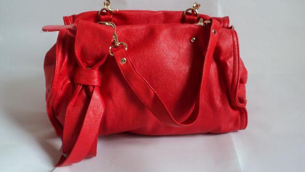 635721eaf Bolsa vermelha em couro ecológico - Antoniazzi